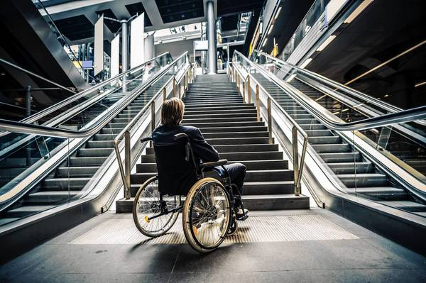 Google Maps' new Wheelchair accessibility feature is a blessing in disguise for anyone who faces extra challenge getting up the stairs. Even if you have a little kid who uses pram, you might as well benefit from it.